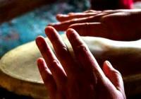 Retreat-drum-hands